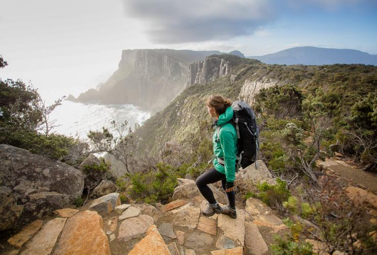 Cape Pillar und The Blade, Three Capes Track, Tasman National Park, Tasmanien © Tasmania Parks and Wildlife Service