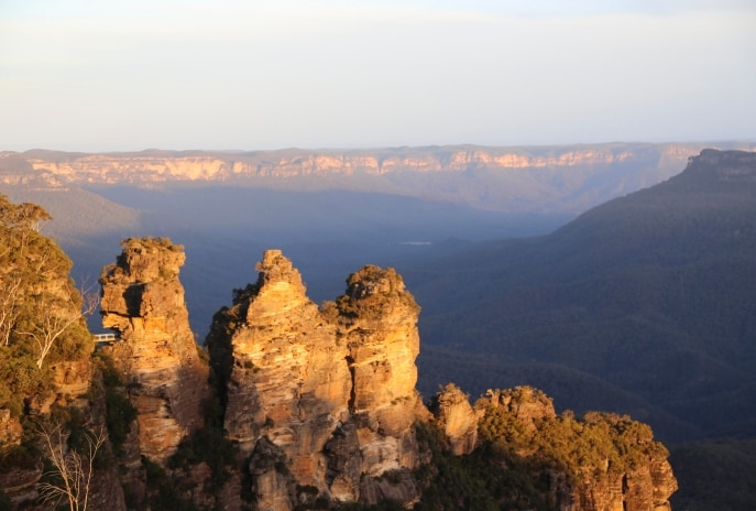 The Three Sisters, Blue Mountains, New South Wales (c) Destination NSW