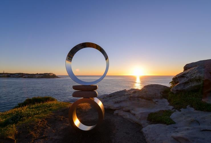 Mountains Air by Koichi Ishino, Sculpture by the Sea, Bondi, New South Wales © Clyde Yee