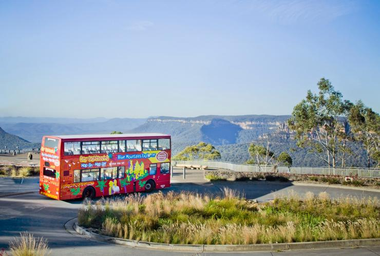 Blue Mountains Explorer Bus, Blue Mountains, New South Wales © Zenith Tourism Group