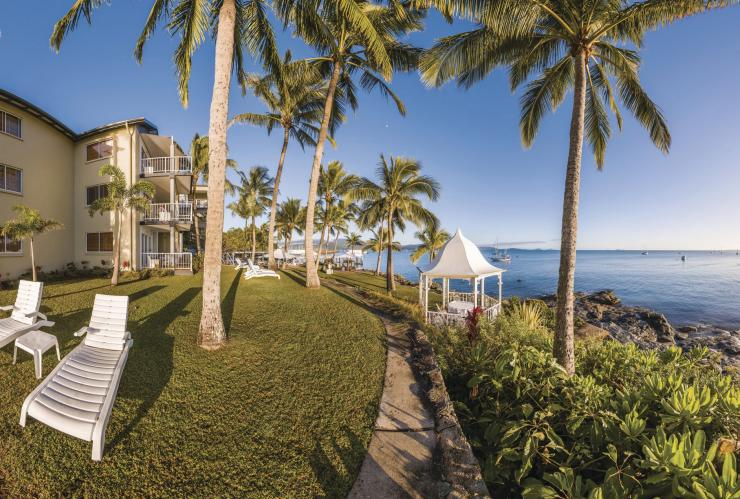 Coral Sea Resort, Airlie Beach, Whitsundays, Queensland © Tourism and Events Queensland