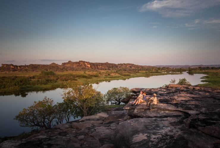 Kakadu Cultural Tours, Kakadu National Park, Northern Territory © James Fisher, Tourism Australia