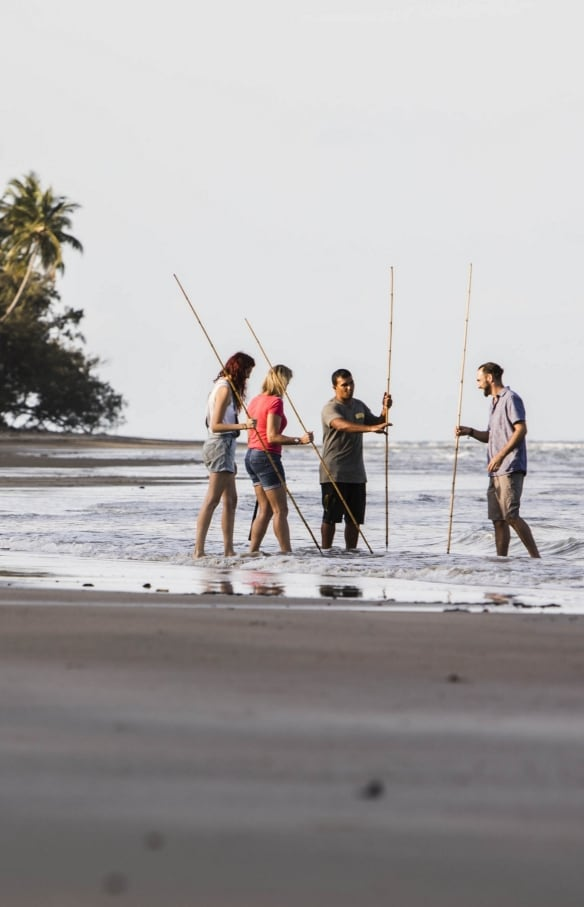 Walkabout Cultural Adventures, Daintree, Queensland © Tourism Australia