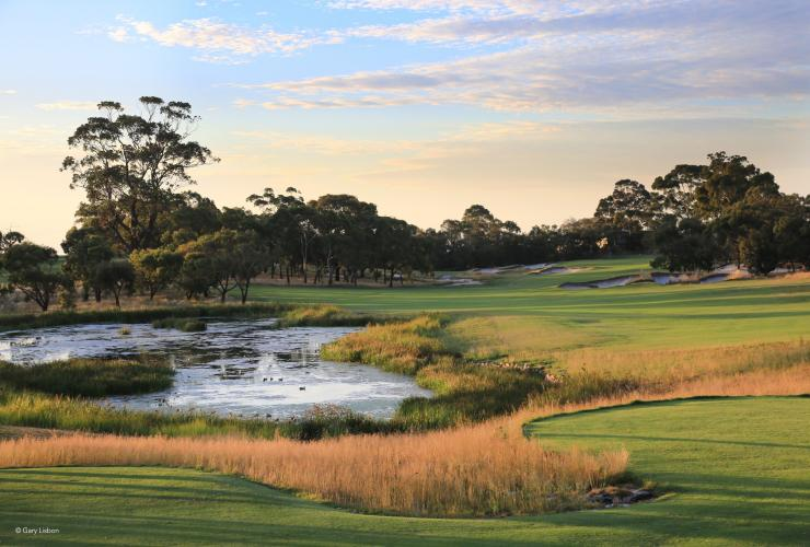 Peninsula Kingswood Country Golf Club, Melbourne, Victoria © Gary Lisbon, Peninsula Kingswood Country Golf Club