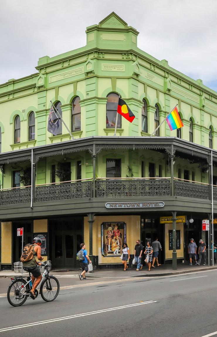 Newtown Hotel, Newtown, Sydney New South Wales © City of Sydney, Katherine Griffiths