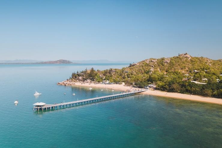 Picnic Bay, Magnetic Island, Queensland © Tourism and Events Queensland