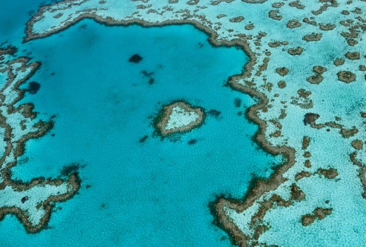 Heart Reef, Whitsundays, Queensland © Tourism and Events Queensland