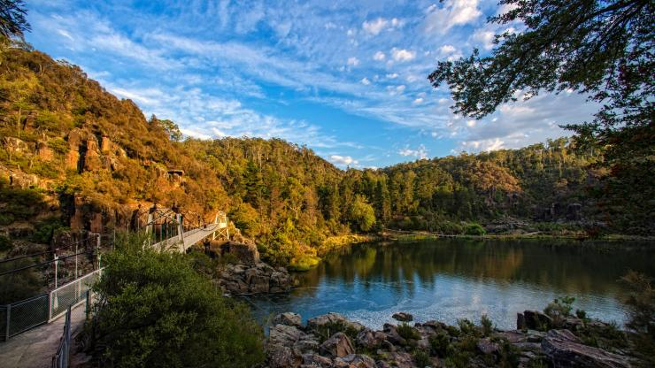 Cataract Gorge, Launceston, Tasmanien © Rob Burnett