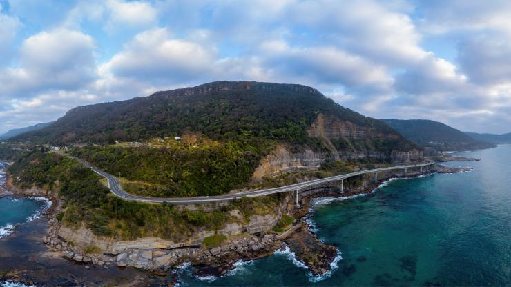 Sea Cliff Bridge, Clifton, New South Wales © Destination NSW