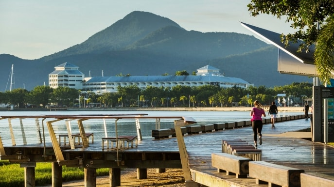 Cairns Esplanade, Cairns, Queensland © Andrew Watson, Tourism and Events Queensland