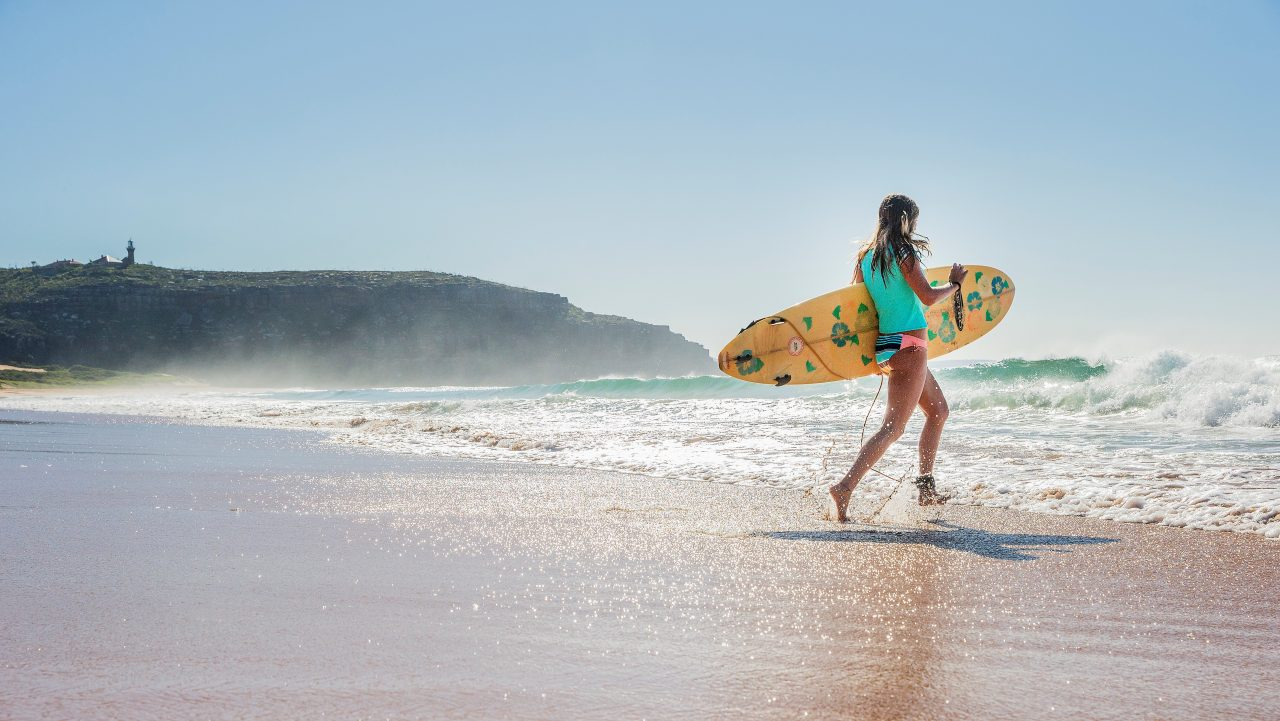 Surfing, Palm Beach, Sydney, NSW © Destination NSW