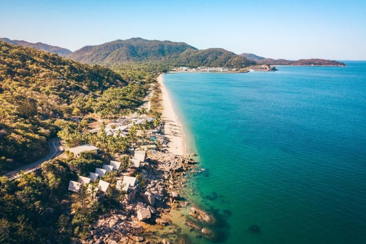Base Hostel, Magnetic Island, Townsville, Queensland © Tourism and Events Queensland