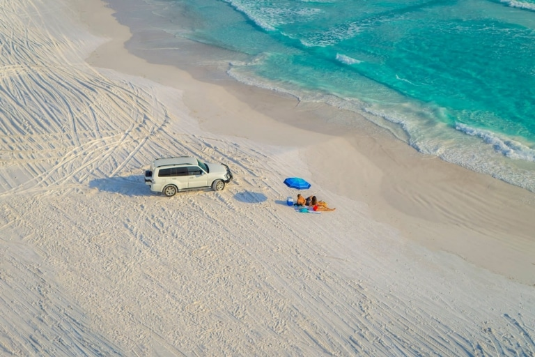 Seventy Five Mile Beach, Fraser Island, Queensland © Tourism and Events Queensland, Darren Jew