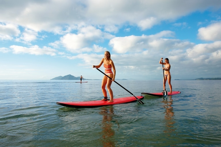 Stand-Up-Paddle-Boarding, Mission Beach, Queensland © Tourism and Events Queensland