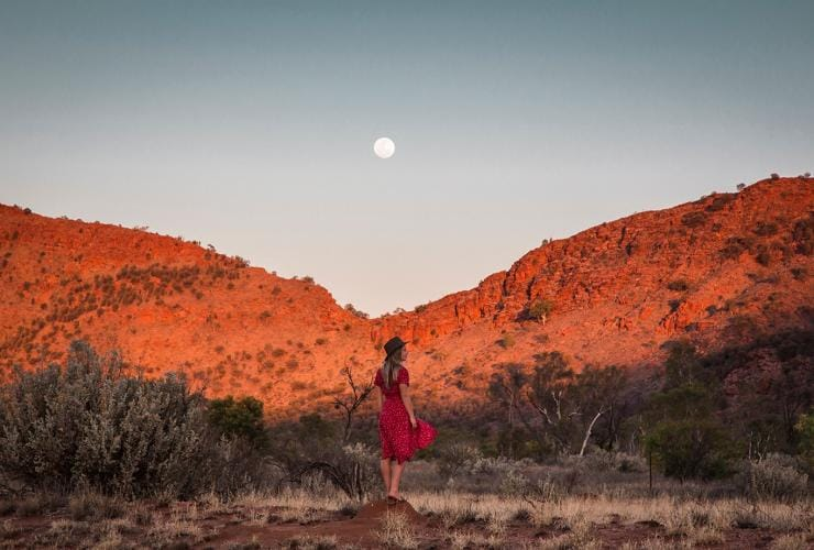 Sunset, West Macdonell Ranges, NT Ⓒ Tourism Australia