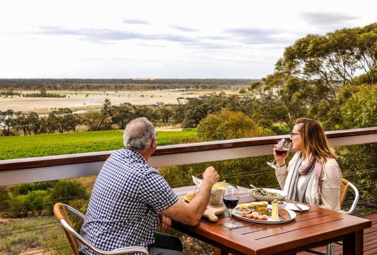 Banrock Station, Kingston on Murray, SA © South Australian Tourism Commission
