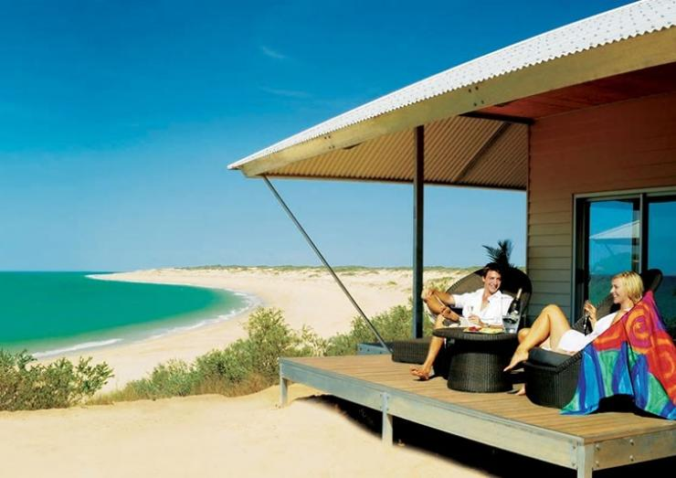 Eco Beach swimming pool, Broome, WA © Tourism Western Australia
