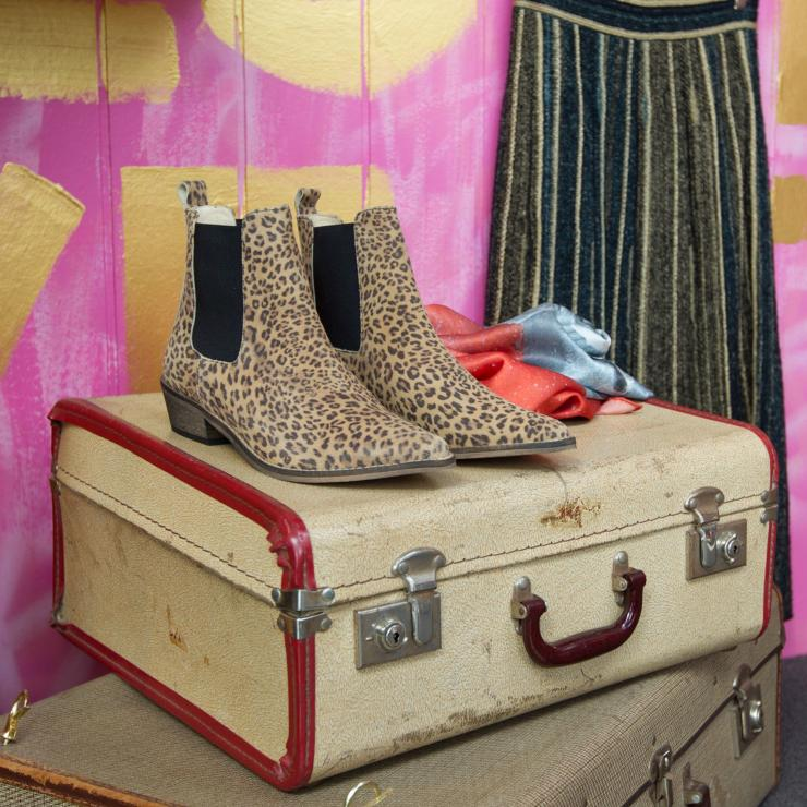 Vintage accessories from Pink Inc on Lonsdale Street in Braddon © VisitCanberra