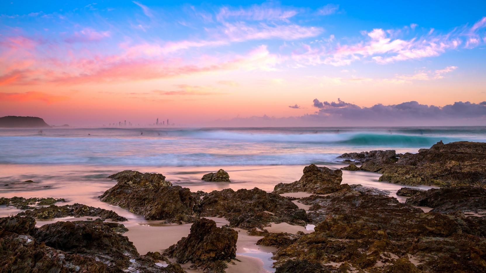 Currumbin, Surfers Paradise, Gold Coast, QLD © Destination Gold Coast