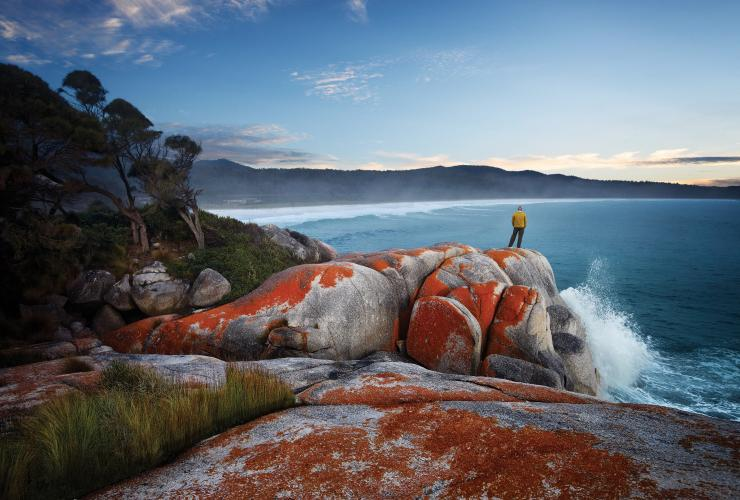 Binalong Bay, Bay of Fires, Freycinet National Park, TAS © Tourism Tasmania, Stuart Crossett