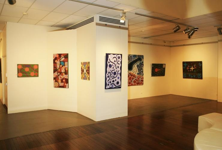 Art Exhibition in the Geraldton Art Gallery © Tourism Western Australia
