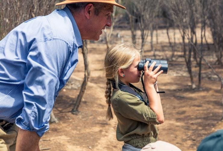 Father and daughter on an Exceptional Kangaroo Island Tour in South Australia © South Australia Tourism Commission