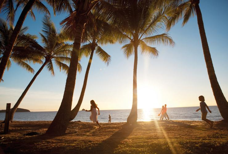 Palm Cove, QLD © Tourism and Events Queensland