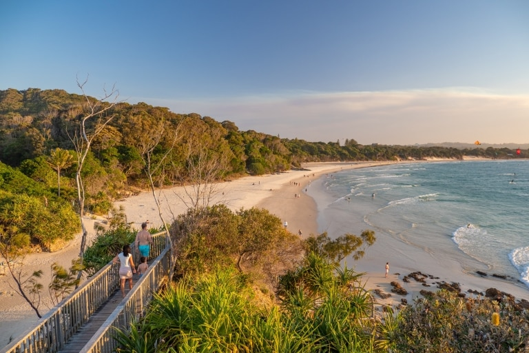 The Pass, Byron Bay, NSW © Tourism Australia