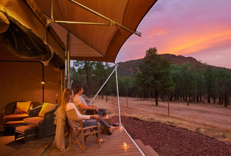 Glamping tent at Wilpena Pound Resort © South Australian Tourism Commission/Adam Bruzzone