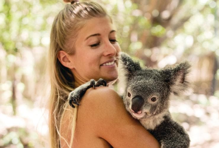 Bungalow Bay Koala Village, Magnetic Island, QLD © Tourism and Events Queensland, Khy Orchard