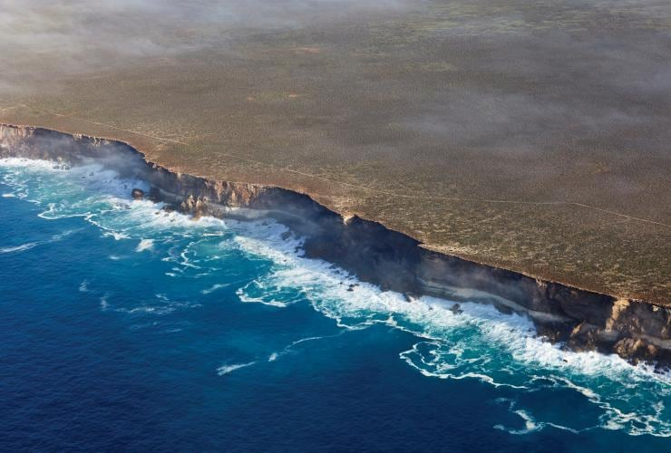 Aerial view of sheer cliffs on the Great Australian Bight © Peter Eve