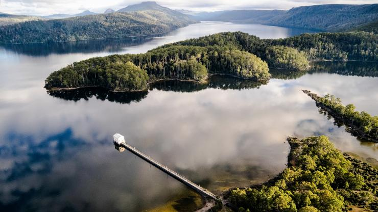 Pumphouse Point, Lake St Clair, TAS © Tourism Tasmania