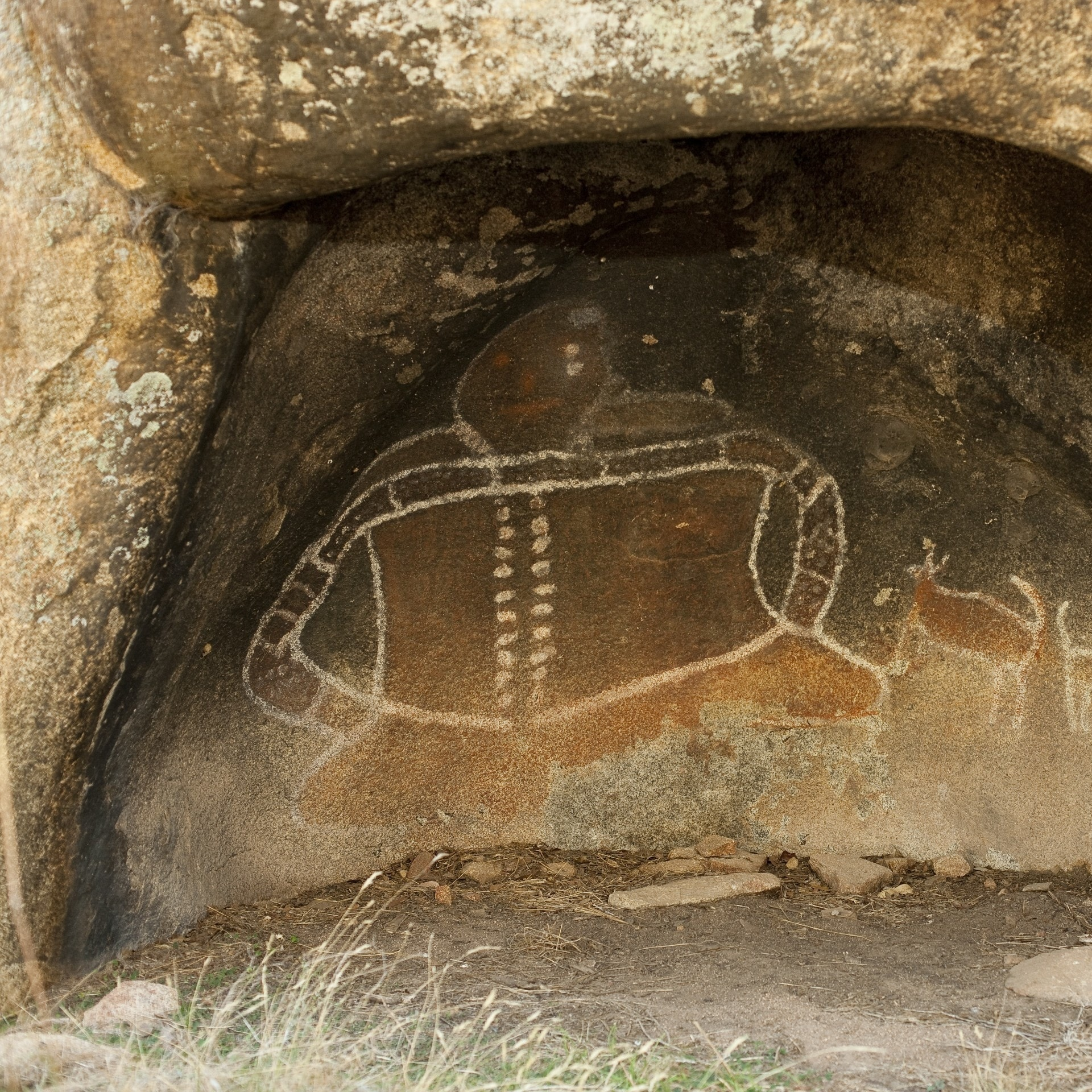 Rock art at Bunjil Shelter, Grampians, VIC © Visit Victoria
