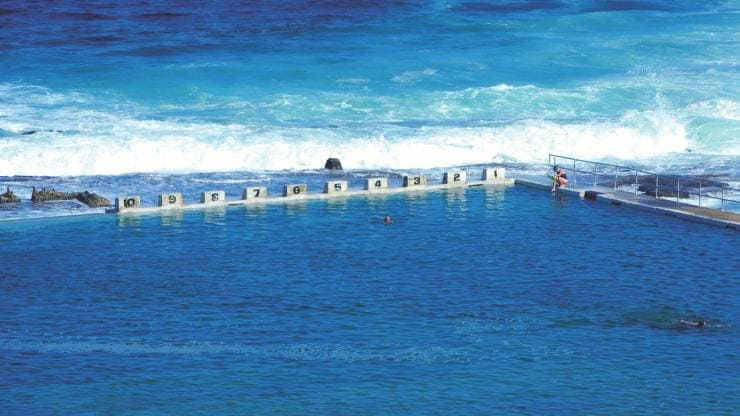 Merewether Ocean Baths, Newcastle, NSW © Destination NSW