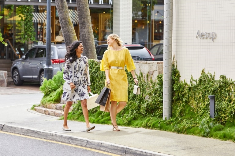 Shoppers walking on James Street in Fortitude Valley © Jesse Smith Photography