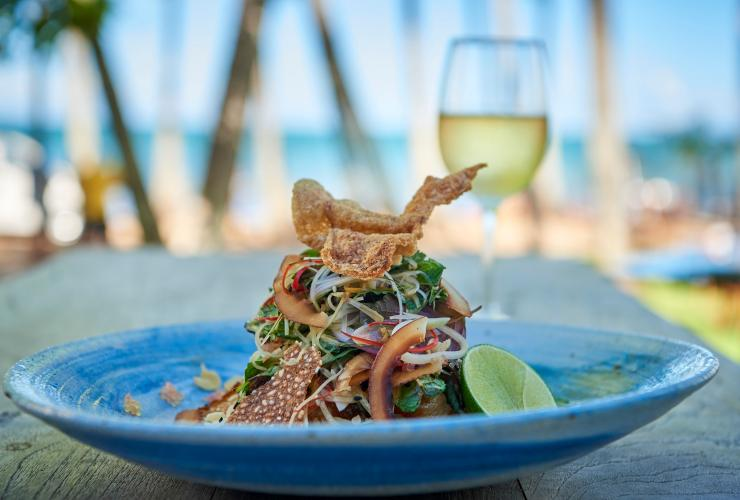 Nu Nu Restaurant, Palm Cove, QLD © Tourism and Events Queensland
