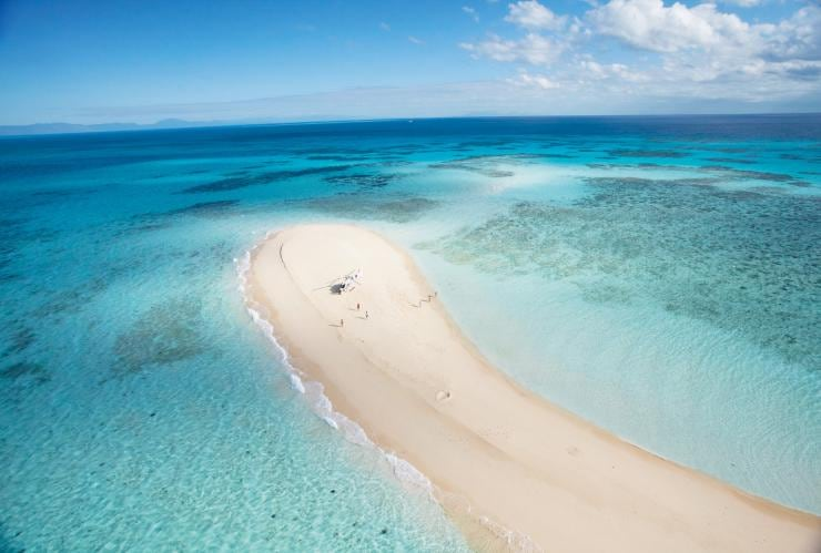 Vlasoff Cay, near Cairns, Great Barrier Reef, QLD © Tourism and Events Queensland