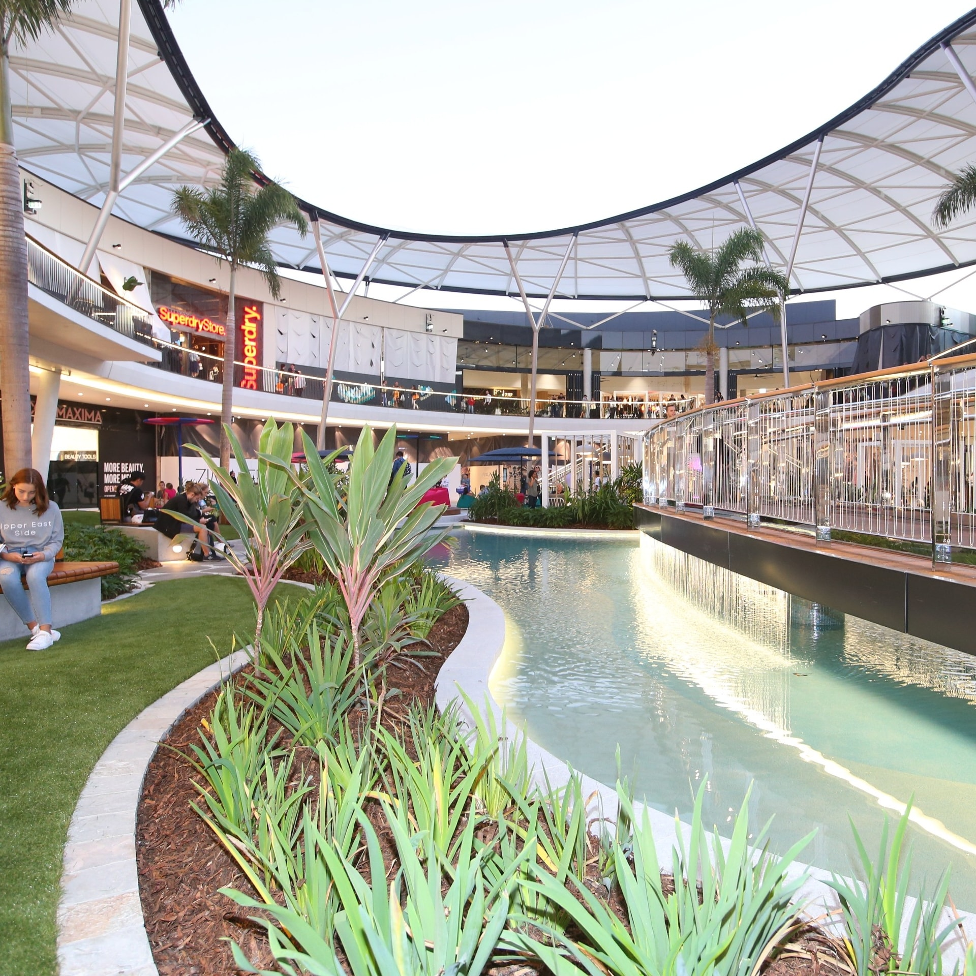 Interior shot of Pacific Fair mall © Destination Gold Coast