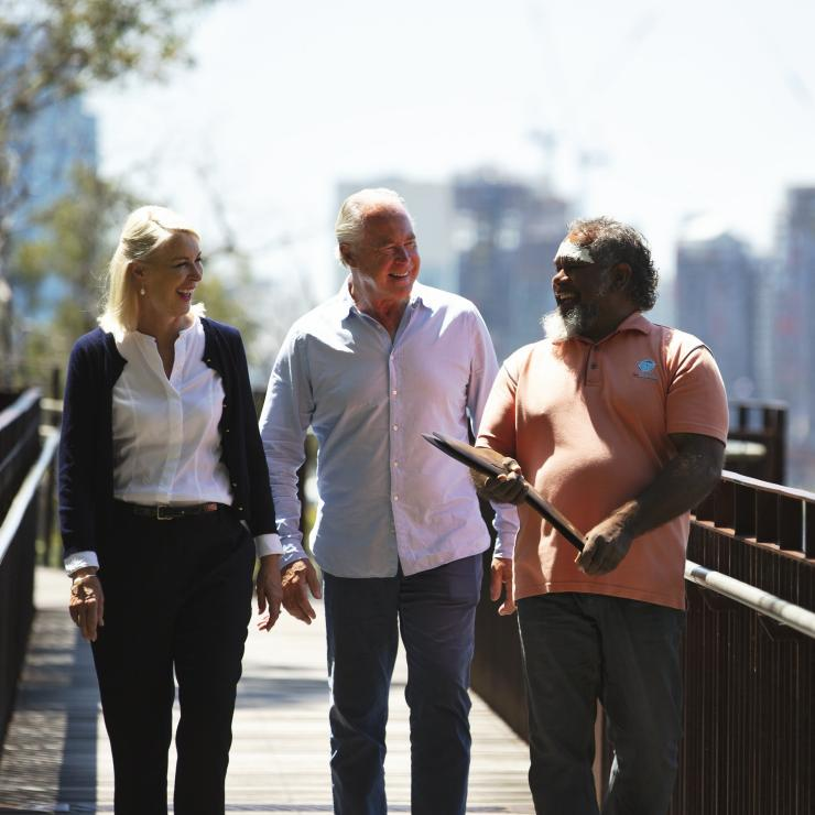 Couple with their tour guide on a Go Cultural Aboriginal Tour in Perth © Archie Sartracom/Tourism Australia