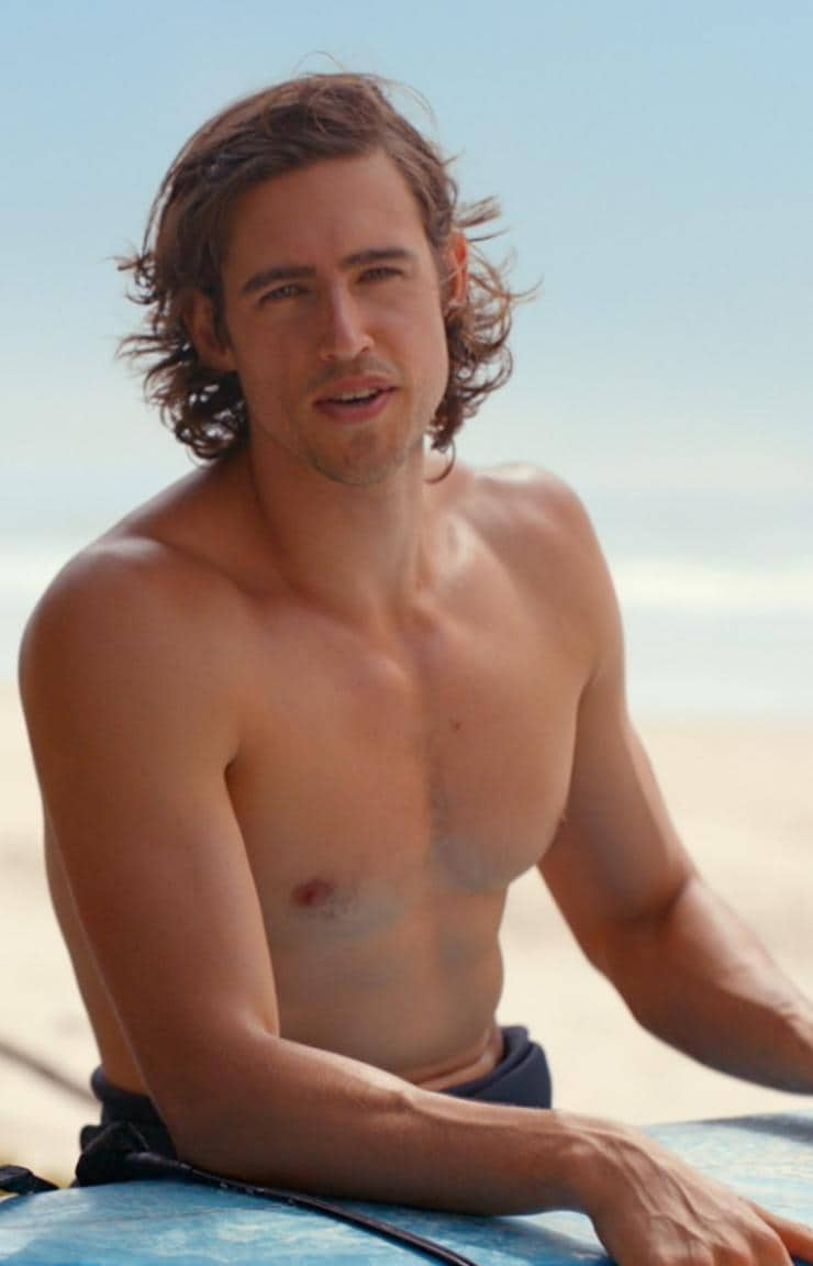 Jordan and Zac Stenmark at Broken Head Beach, Byron Bay, NSW © Tourism Australia