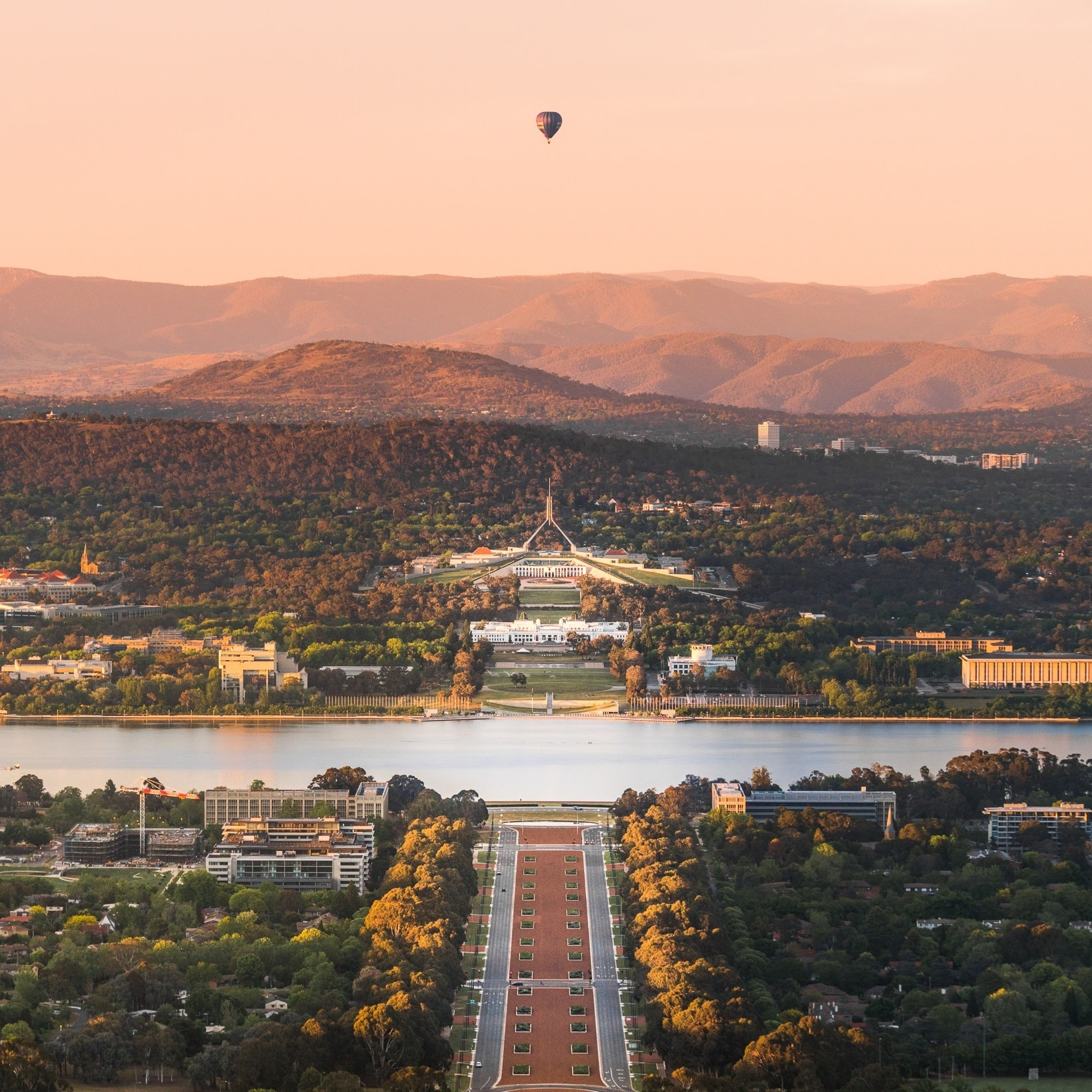 Canberra, ACT © Rob Mulally for VisitCanberra