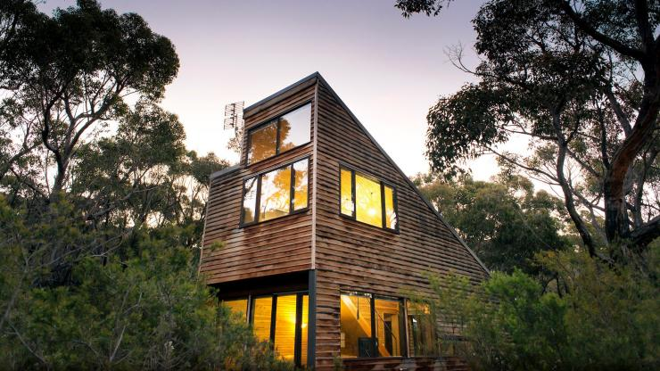 Treehouse Cabin, DULC Halls Gap, The Grampians region, VIC © Marty Schoo