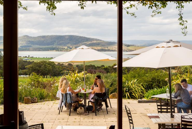 Friends on the patio at Coal Valley Vineyard near Hobart © Alastair Bett