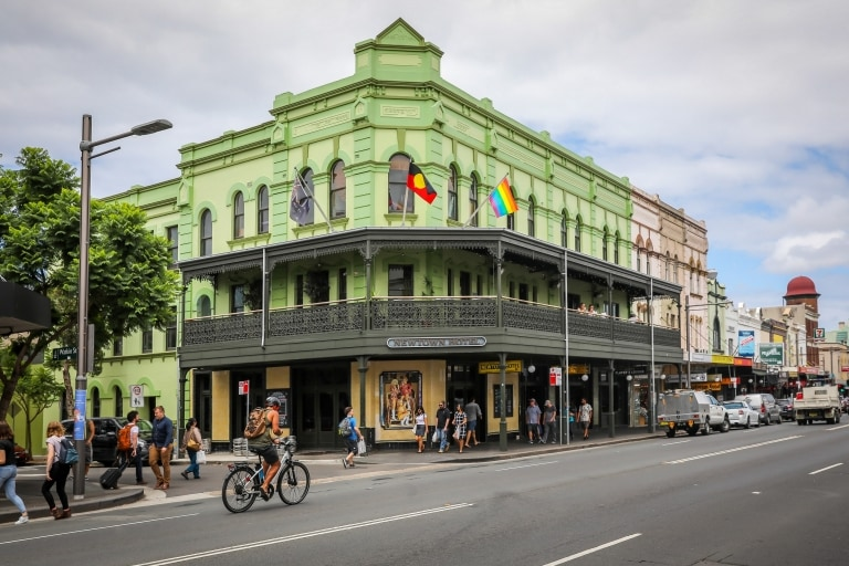 Newtown Hotel, Newtown, Sydney NSW © City of Sydney, Katherine Griffiths
