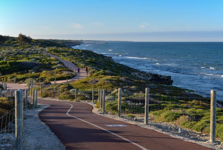 A section of walkway next to the coastline on the Burns Beach to Mullaloo Coastal Walk near Perth © metrotrekker.com