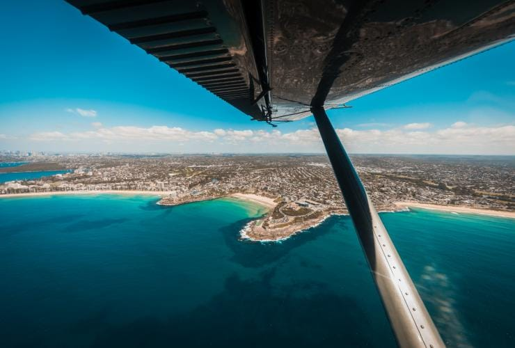 Sydney Seaplanes flight over the Sydney coastline © Sydney Seaplanes