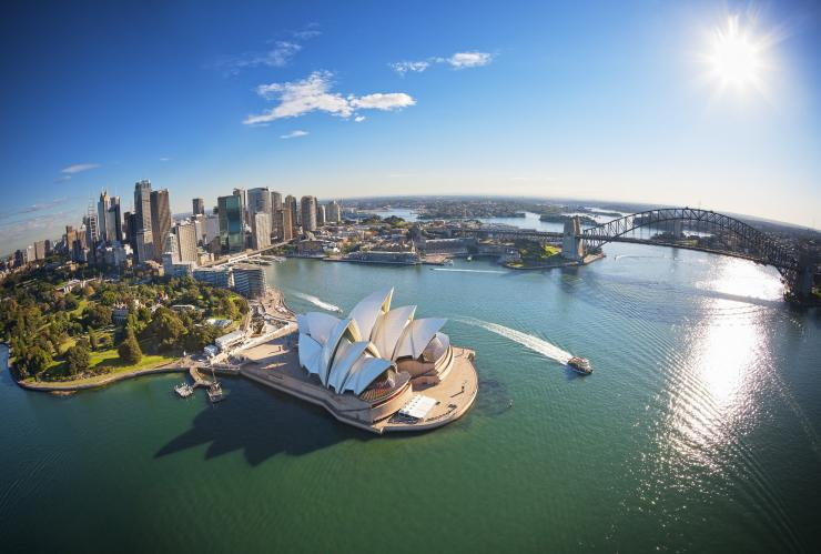 Aerial view over Sydney Harbour © Destination New South Wales