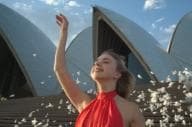 Pink skies behind the Sydney Opera House at sunset © Keith Zhu/Unsplash