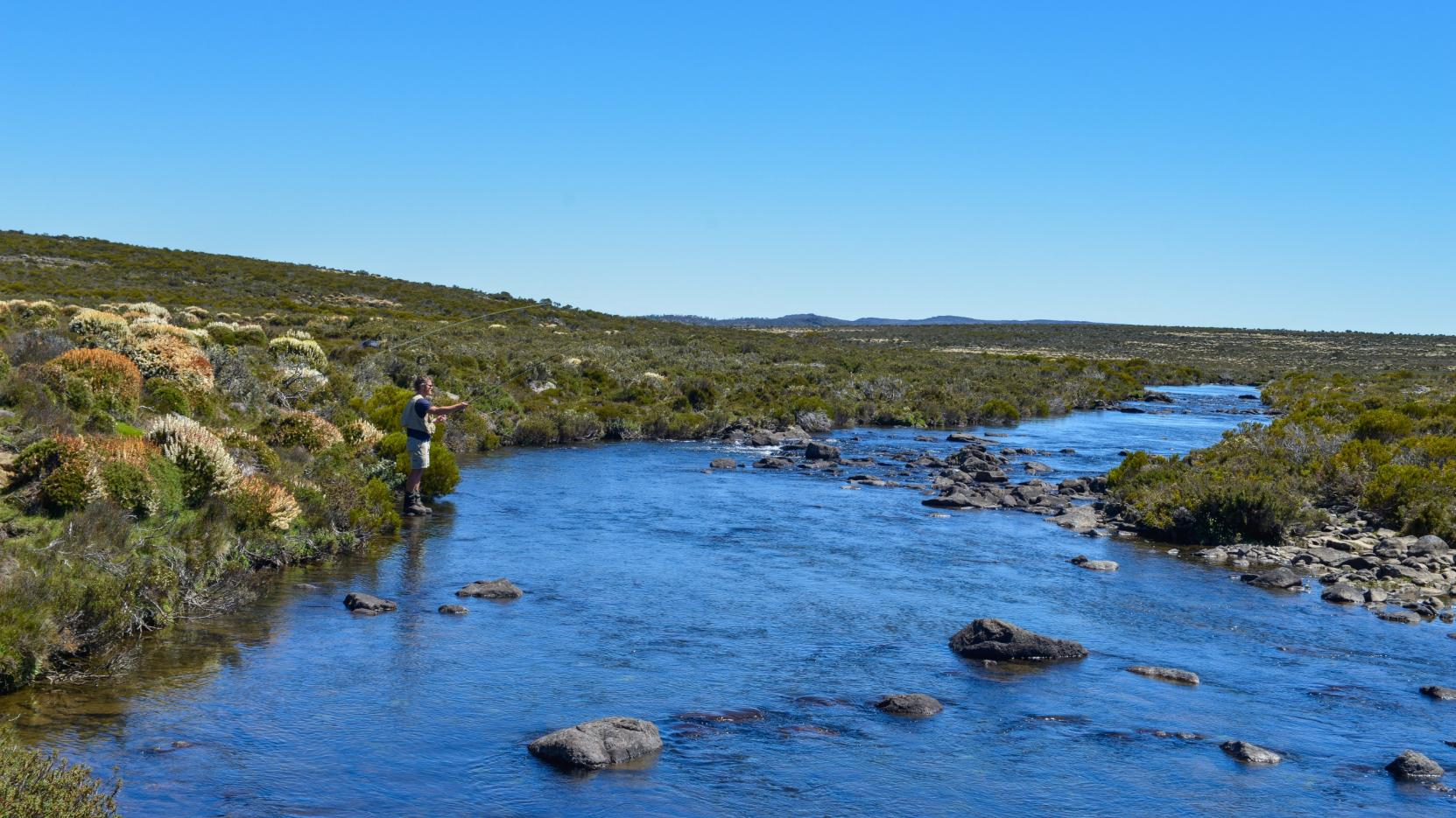 Fly fishing, Thousand Lakes Lodge, TAS © Thousand Lakes Lodge