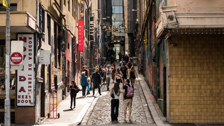 Melbourne laneways, Melbourne, VIC. © Robert Blackburn, Tourism Victoria